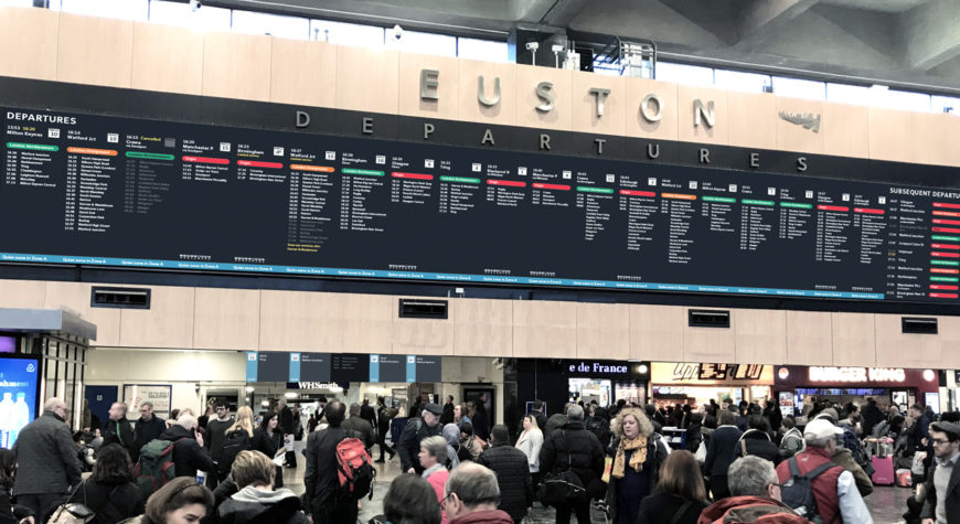 Overview of the information screen at Euston Railway Station